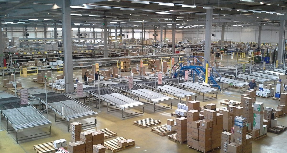 Centros de distribución y su importancia en los negocios